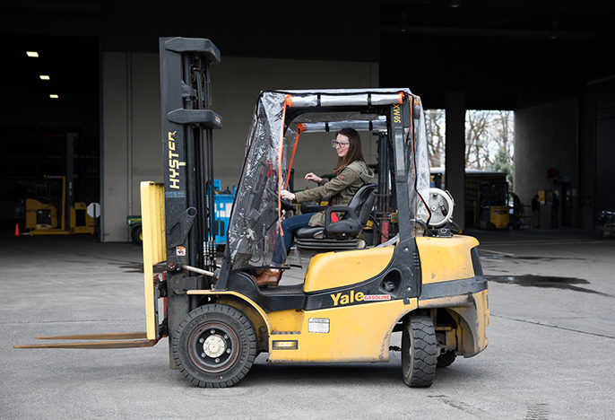 photo of student on Hyster Yale equipment