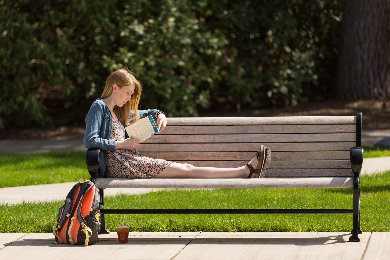girl-on-bench